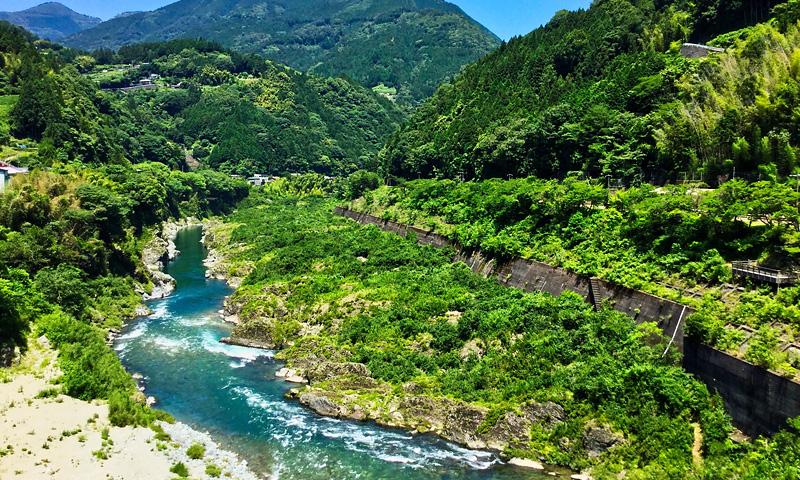 徳島の山奥の渓谷
